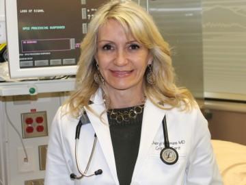 Dr.-Cheryl-Holmes-360x270